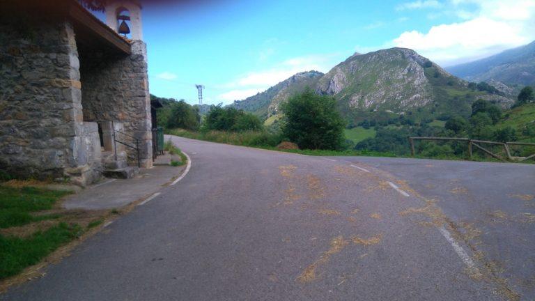 La route pour arriver au Roxin