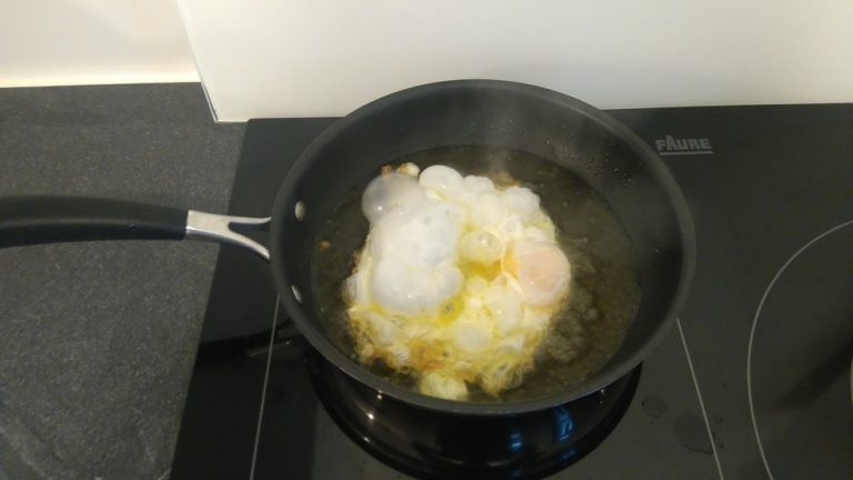 Laissez frire l'œuf