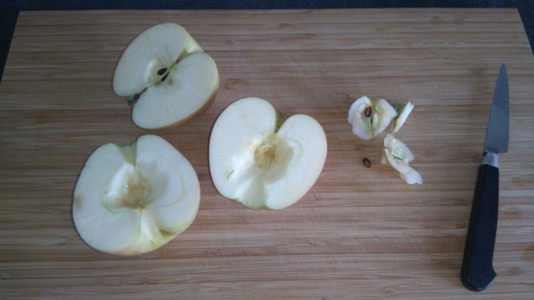 Évidez les pommes