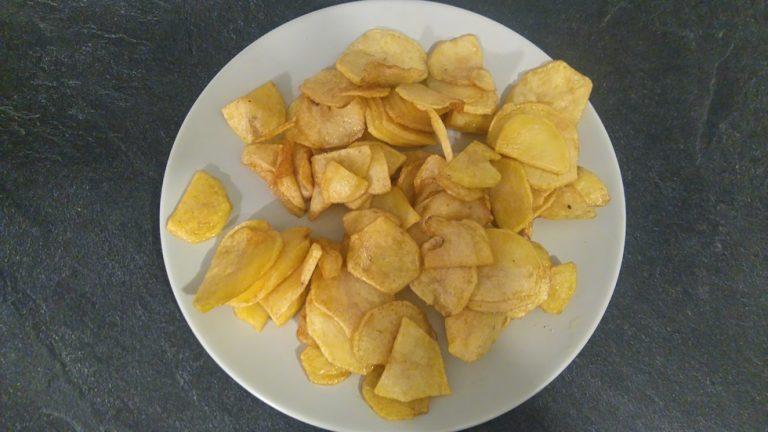 Voici les pommes de terre passées à la frituese