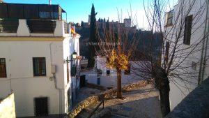 L'Alhambra depuis la montée Cuesta De Las Tomasas