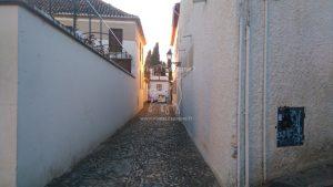 Nous continuons dans les ruelles étroites du quartier Albaycín