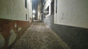 Ruelles du quartier Albaycín de nuit