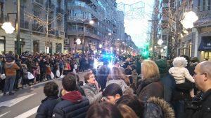 Le véhicule de Police ouvre le défilé, 18h25
