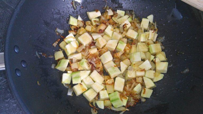 Versez les pommes de terre