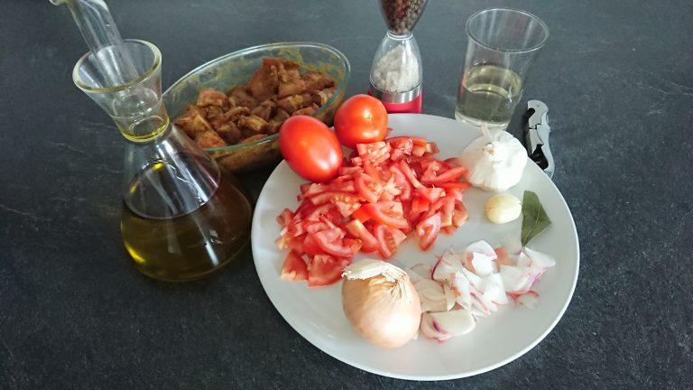 Ingrédients pour préparer le Magro con Tomate