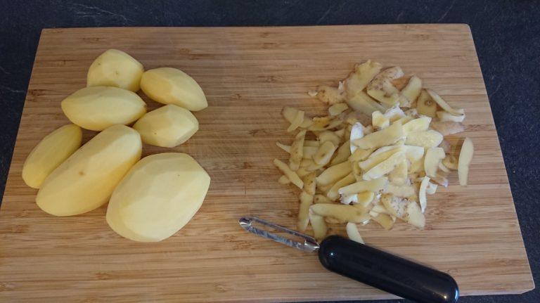 Epluchez les pomme de terre