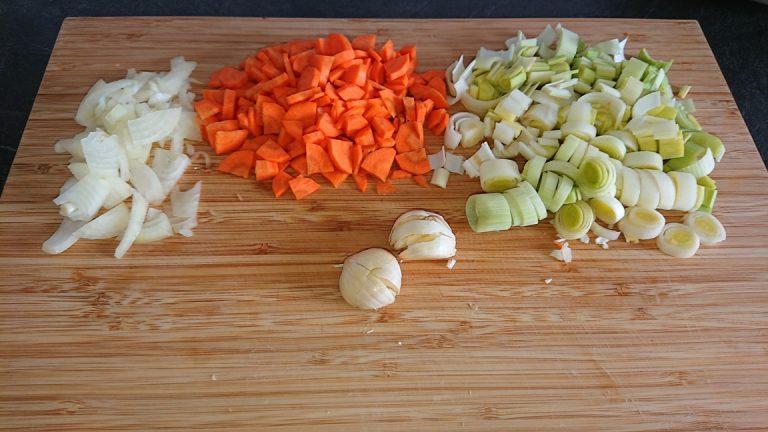 Découpez les légumes en morceaux